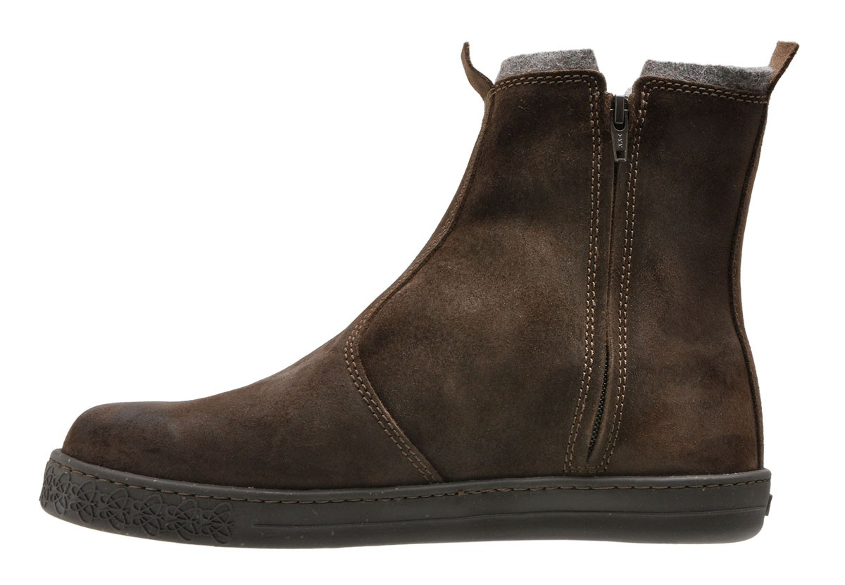 the store po zu che waxed suede chelsea boot